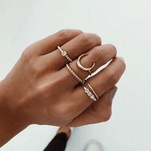 💘 five layer ring set